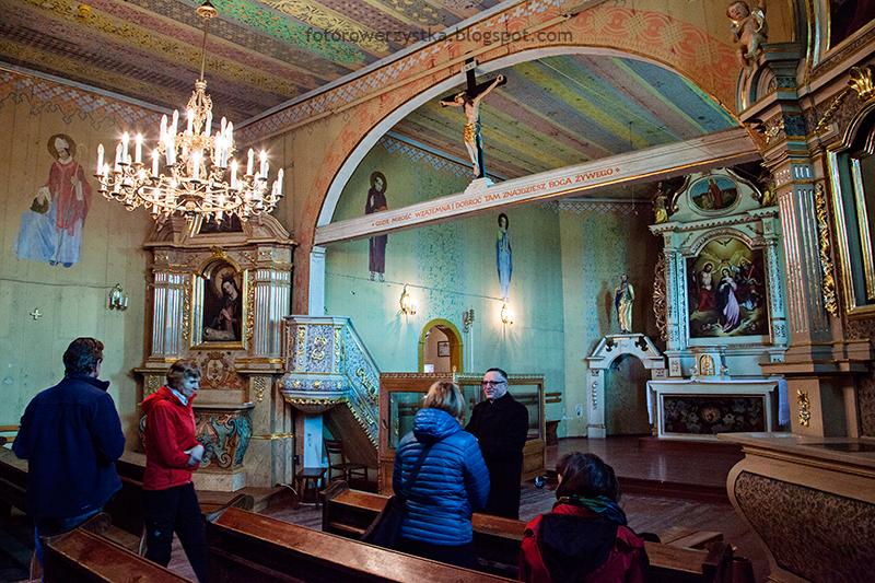 mogilno-polichromia-prezbiterium-przed-konserwacja-1